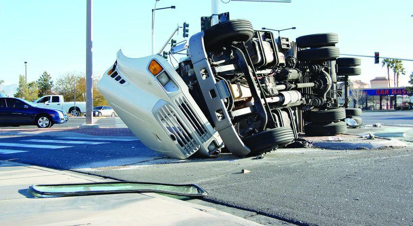 Un mal accidente de camión.
